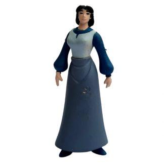 Играчка жена со сив фустан
